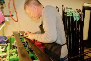 Belag repareren van ski